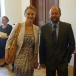 prof. J. Kratochvíl a Jana Trost (Country Officer for Czech Rep., kancelář Finančních mechanismů v Bruselu)